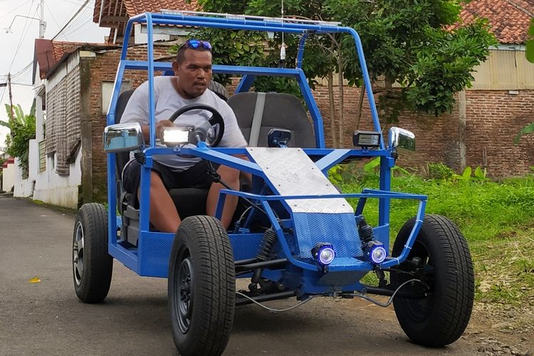 Mobil listrik buatan pemuda di Kelurahan Kober, Kecamatan Purwokerto Barat, Kabupaten Banyumas, Jawa Tengah.