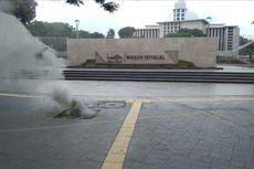 Kabel Listrik Bawah Tanah Depan Masjid Istiqlal Terbakar