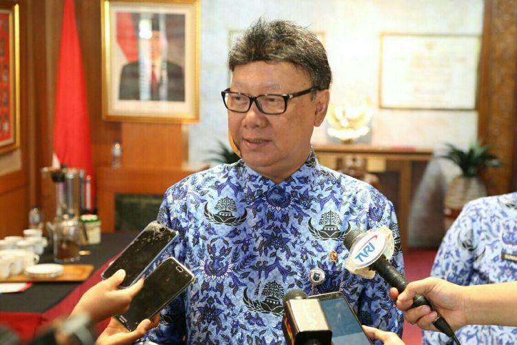 Menteri Dalam Negeri Tjahjo Kumolo saat ditemui di Kantor Kementerian Dalam Negeri, Senin (30/10/2017).