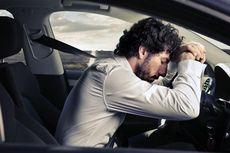 Tidur di Mobil Saat Kondisi Parkir Bisa Sebabkan Kematian Mendadak?