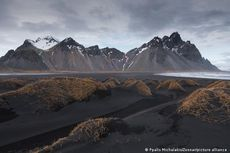 Peneliti Islandia Simpan Karbon Dioksida di Bebatuan dengan Alat Ini