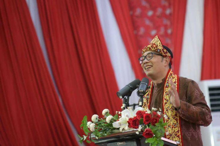Gubernur Jawa Barat Ridwan Kamil saat menghadiri acara ramah tamah Asosiasi Daerah Penghasil Migas dan Energi Terbarukan (ADPMET) di Palembang, Rabu (2/6/2021) malam.