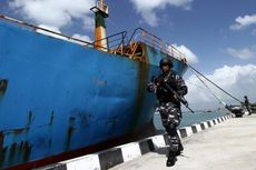Kapal Pencuri Ikan Asal Nigeria Dikaramkan di Pangandaran