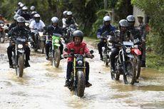 Naik Motor Custom, Jokowi Jajal Jalan di Perbatasan Nunukan-Malaysia