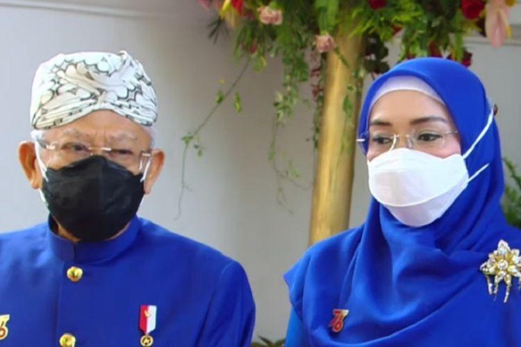 Wapres Ma'ruf Amin beserta istri sebelum Detik-detik Proklamasi di Istana Kepresidenan, Selasa (17/8/2021).