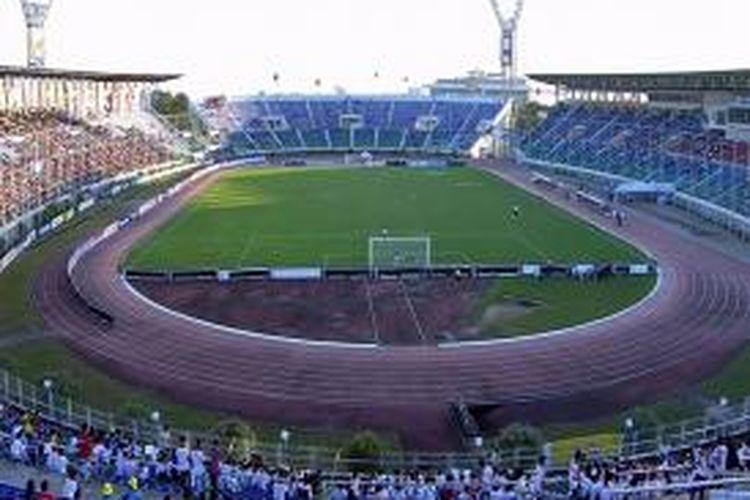 Stadion Thuwunna sempat menjadi lokasi kualifikasi Grup B Piala Asia U-22 pada 23 Juni sampai dengan 3 Juli 2012. Stadion ini juga menjadi tempat berlaga pada ajang Suzuki AFF 2012.