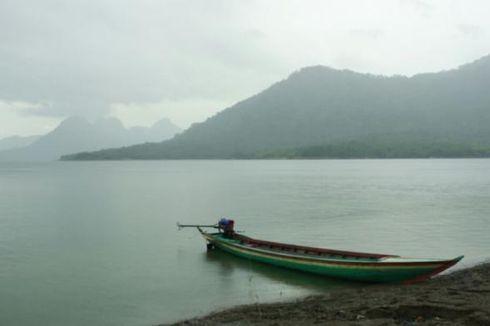Perahu Sampan Terbalik di Waduk Jatiluhur, Satu Orang Tenggelam