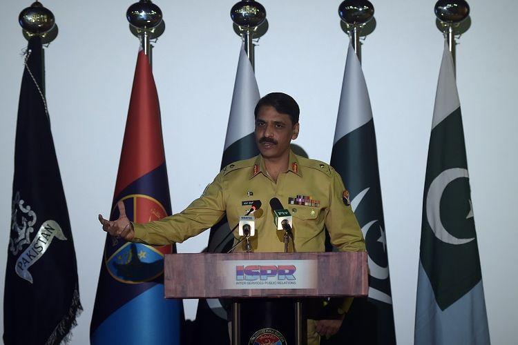 Juru bicara militer Pakistan, Mayor Jenderal Asif Ghafoor.