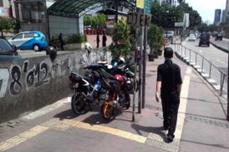 Salah satu pos ojek di Jalan Sudirman