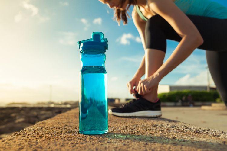 Ilustrasi air minum
