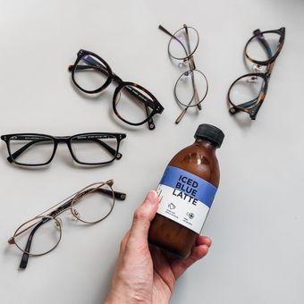 Layanan Home Try On kacamata dari Saturdays
