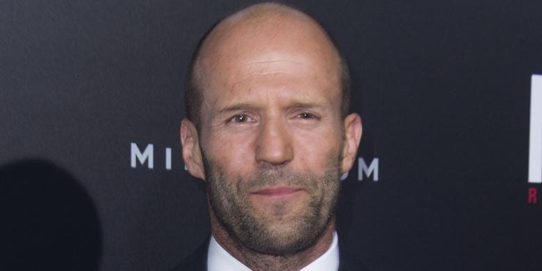 Aktor Jason Statham menghadiri pemutaran perdana film The Mechanic: Resurrection di Hollywood, California, AS, Senin (22/8/2016).
