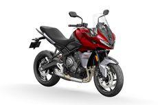 Adu Spesifikasi Triumph Tiger Sport 660 Vs Kawasaki Versys 650
