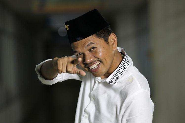 Bupati Purwakarta Dedi Mulyadi saat sesi foto di kantor redaksi Kompas.com, Palmerah, Jakarta, Selasa (24/10/2017). Dedi Mulyadi digadang-gadang menjadi salah satu kandidat calon gubernur dalam pemilihan kepala daerah Jawa Barat 2018.