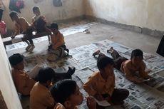 Sekolah Roboh, Siswa Belajar Beralas Koran