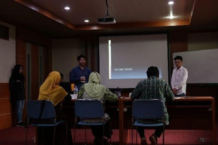 NOPEC (National Olympiad of Chemical Engineering) adalah olimpiade Teknik Kimia yang diselenggarakan oleh Departemen Teknik Kimia FTI-ITS untuk siswa-siswi SMA sederajat di seluruh Indoensia.