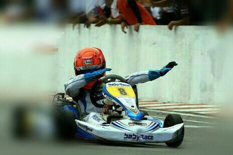 Pebalap gokar muda Indonesia, Aditya Wibowo, meraih hasil positif di Sirkuit Morac Langkawi, Malaysia, yang menjadi tempat berlangsungnya seri 5 IAME X30 Asia Series, pada Minggu (4/8/2019) kemarin.