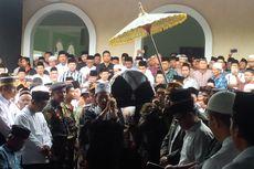 5 Berita Populer Nusantara: Wafatnya Kiai NU Didoakan Umat Katolik, Vonis Penulis