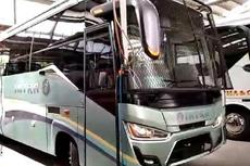 Bus Medium dengan Tameng Besi, Milik PO Intra di Medan