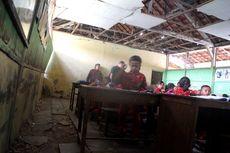 Gedung SD Nyaris Ambruk, Siswa Ketakuan hingga Kerap Digigit Rayap Saat Belajar