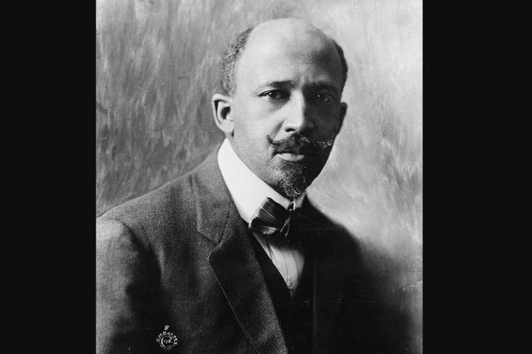William Edward Burghardt Du Bois atau yang lebih dikenal dengan W.E.B. Du Bois.
