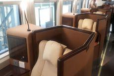 Tiga Menteri Jajal Kereta Sleeper Buatan PT Inka