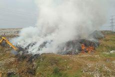 Sebagian Lahan TPA Cipayung Depok Terbakar