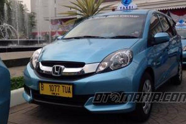 Blue Bird meresmikan model taksi terbarunya, Mobilio sebagai taksi baru di Ibu Kota.
