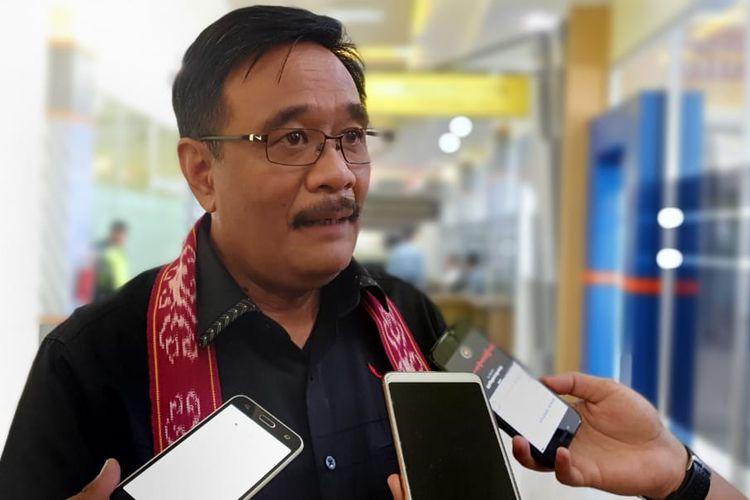 Ketua DPP bidang Ideologi dan Kaderisasi PDI-Perjuangan Djarot Saiful Hidayat di Kabupaten Sintang, Pontianak, Kalimantan Barat, Sabtu (14/9/2019).