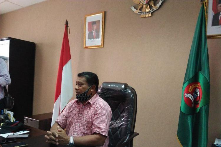 Ketua DPRD Maluku, Drs Lucky Wattimury mengakui, maraknya peredaran narkoba di Kota Ambon secara khusus dan Maluku pada umumnya membuat DPRD Provinsi Maluku berinisiatif akan membuat sebuah Raperda tentang pemberantasan narkoba.