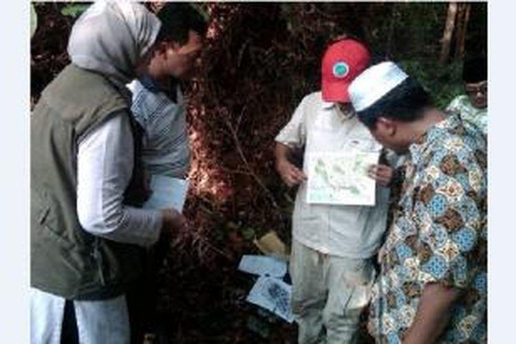 Tim Fatwa Majelis Ulama Indonesia (MUI) dan Universitas Nasional (Unas) menggelar penelitian satwa langka dan keseimbangan alam selama tiga hari sejak 30 Agustus-1 September 2013 lalu di kawasan hutan Riau.