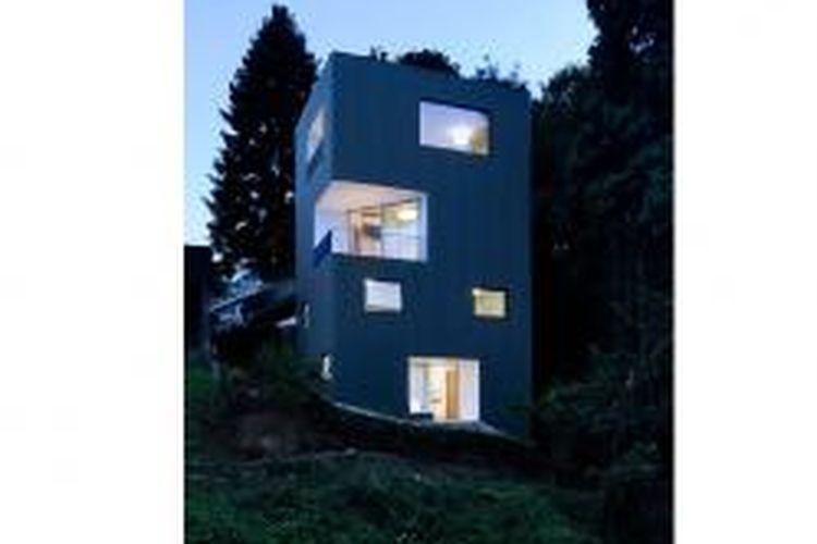 Tower House yang dirancang Ben Waechster