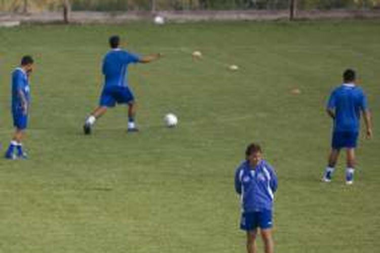 Tim nasional El Salvador berlatih di Queretaro, Meksiko, pada 8 Oktober 2009.