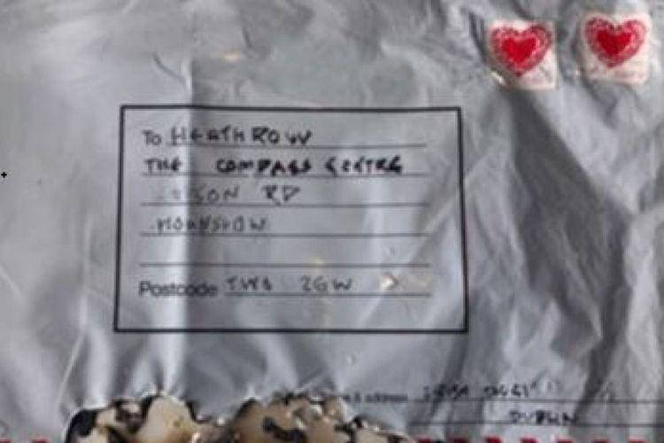 Inilah salah satu paket diduga berisi bom yang diamankan Kepolisian Metropolitan London pada Selasa (5/3/2019). Paket itu ditemukan di tiga tempat di London.
