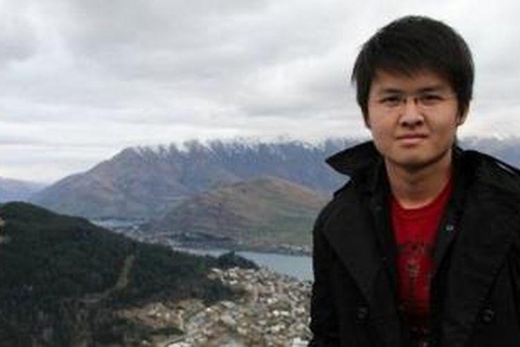 Kevin Alexander Soetjipto, salah satu penumpang AirAsia QZ8501. KTP dengan nama