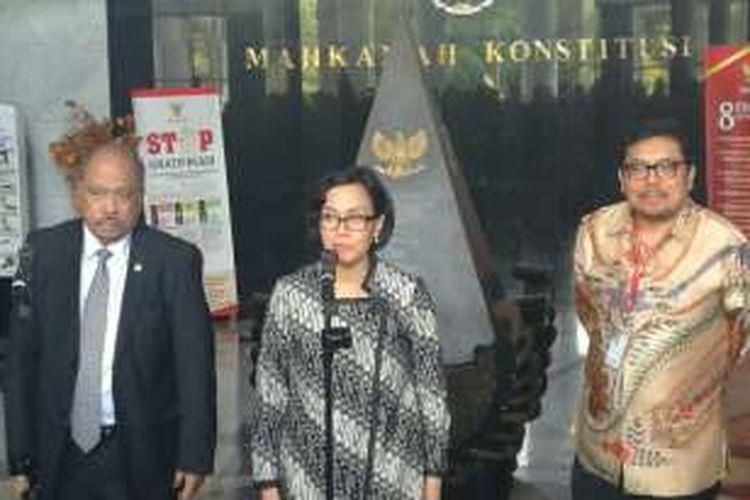 Menteri Keuangan Sri Mulyani di Gedung Mahkamah Konstitusi (MK), Jakarta, Selasa (20/9/2016)