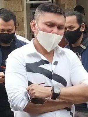 Nus Kei, korban pengerusakan rumah oleh kelompok John Kei di Kluster Australia Green Lake City Kota Tangerang, Rabu (24/6/2020)