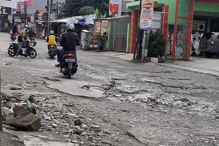 Kondisi Jalan Raya Jatimulya, Pengasinan, Bekasi Timur, Kota Bekasi