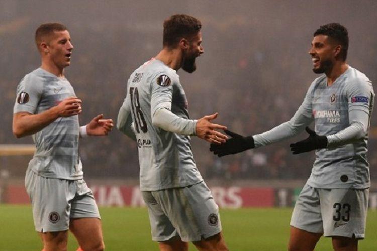 Olivier Giroud (tengah) merayakan gol bersama rekan-rekannya pada pertandingan FC BATE Borisov vs Chelsea pada lanjutan Liga Europa, 8 November 2018.