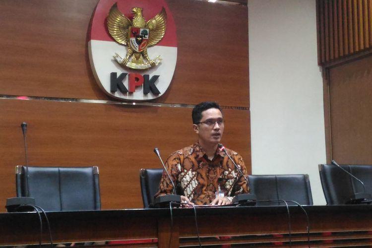 Juru Bicara KPK Febri Diansyah menggelar konferensi pers terkait dugaan suap pengadaan dan penganggaran di Badan Keamanan Laut (Bakamla) RI di Gedung KPK, Jakarta, Kamis (27/12/2018).