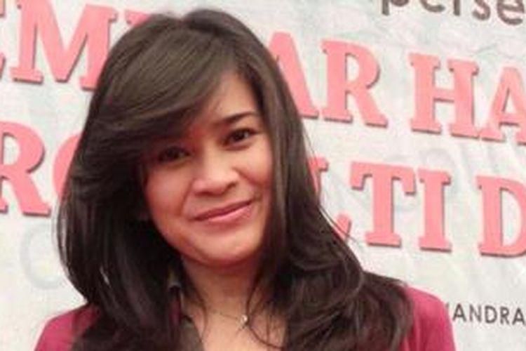 Penyanyi dangdut Ikke Nurjanah ditemui usai mengikuti seminar Hak Cipta dan Royalty Dangdut, yang diselenggarakan oleh PAMMI dan AHCDI di Hotel Kartika Chandra, Jakarta Selatan, Rabu (27/3/2013).