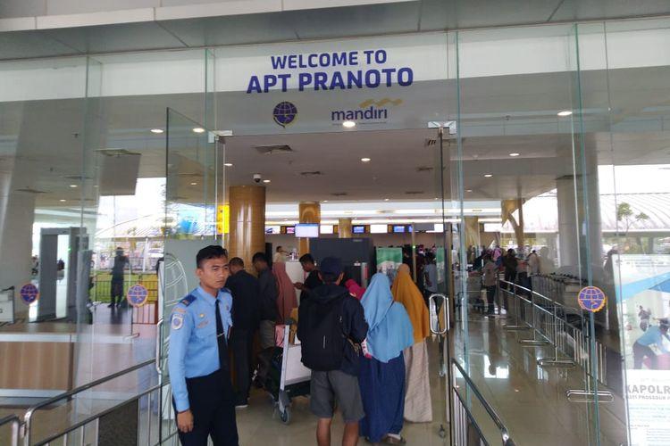 Suasana di Bandara APT Pranoto Sungai Siring Samarinda, Kalimantan Timur.