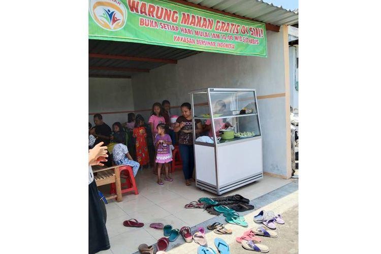 Warung makan gratis yang didirikan Paguyuban Bersinar di Klaten, Jawa Tengah.