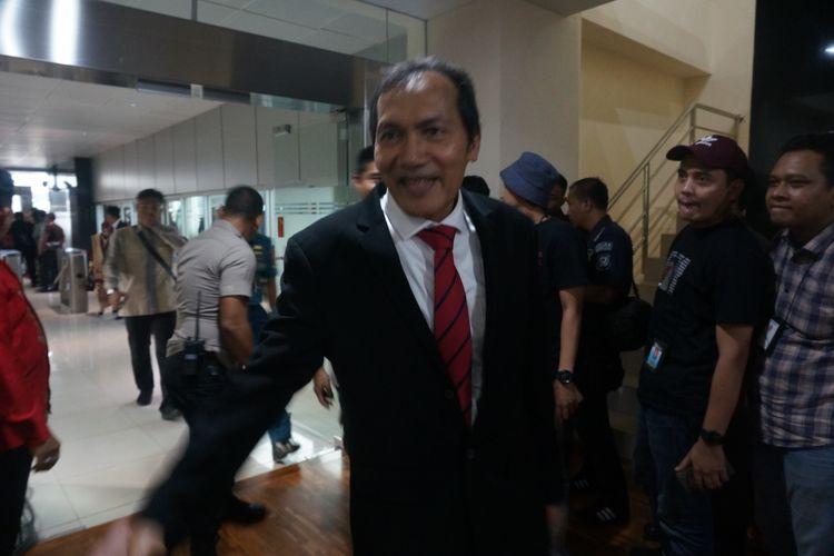 Mantan Wakil Ketua KPK Saut Situmorang menghadiri serah terima jabatan pimpinan KPK dk Gedung Merah Putih KPK, Jumat (20/12/2019).