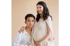Setelah 8 Tahun, Naga ADA Band Akhirnya Dikaruniai Putri Pertama