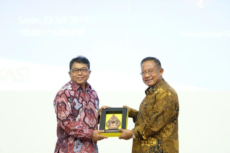 Program Pendidikan Vokasi Universitas Indonesia (Vokasi UI) meluncurkan Program Pelatihan Jarak Jauh Bersertifikat pada Dies Natalis ke -11 yang digelar Senin, 22 Juli 2019 di Auditorium Vokasi UI, kampus Depok.