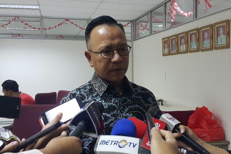 Bendahara Ferrari Owners Club Indonesia Jos Parengkuan di Kantor Badan Pajak dan Retribusi Daerah (BPRD) DKI, Jalan Abdul Muis, Jakarta Pusat, Rabu (23/8/2017).