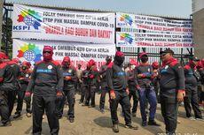 Buruh Demo di Depan Gedung DPR, Tolak Pembahasan RUU Ciptaker dan PHK Massal