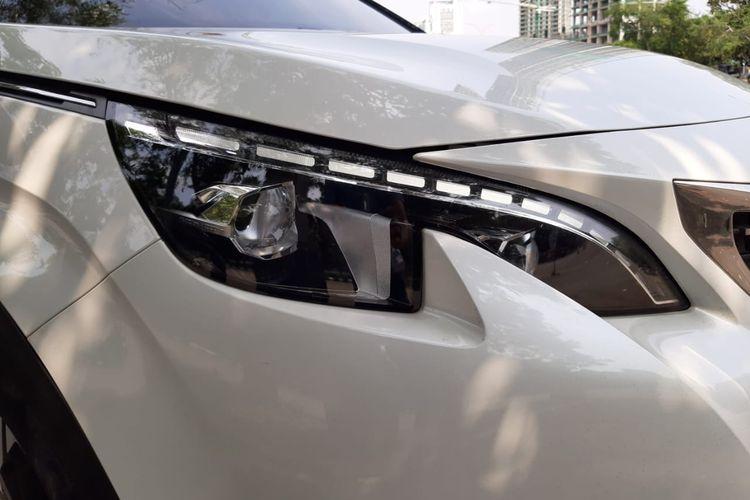 Lampu signature Peugeot 5008
