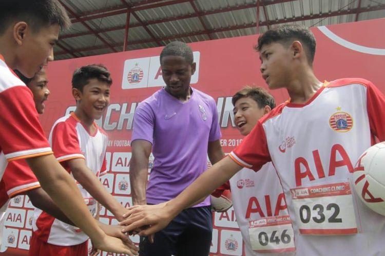 Sebanyak 5 talenta muda terpilih untuk mengikuti pelatihan di Akademi Persija Jakarta.